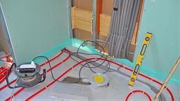 全能E家分享,地暖漏水是换管还是补,适合的才是好的